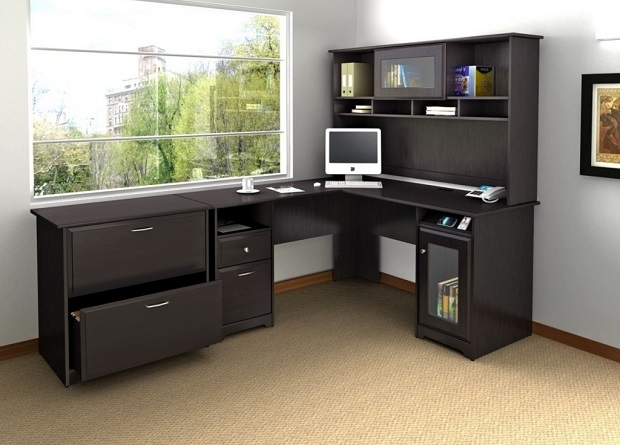 Corner office desk