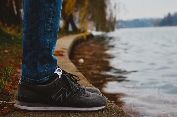 womens sneakers online (1)