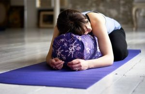 yoga-bolsters
