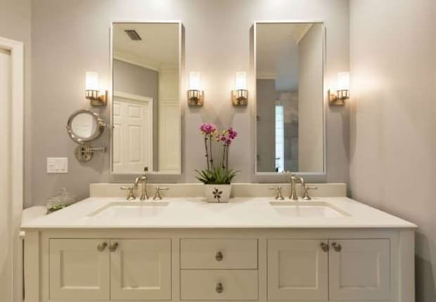 eye-catching-bathroom-lighting