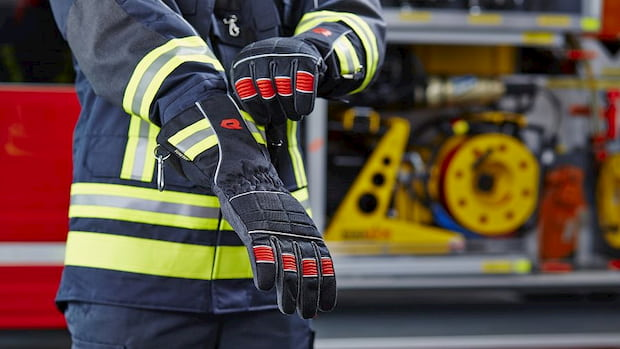 firefighter-protective-gloves