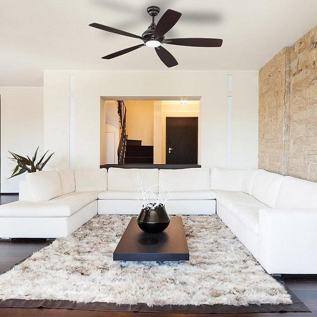 modern-ceiling-fan in living room